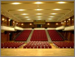 日本音楽高等学校ホール